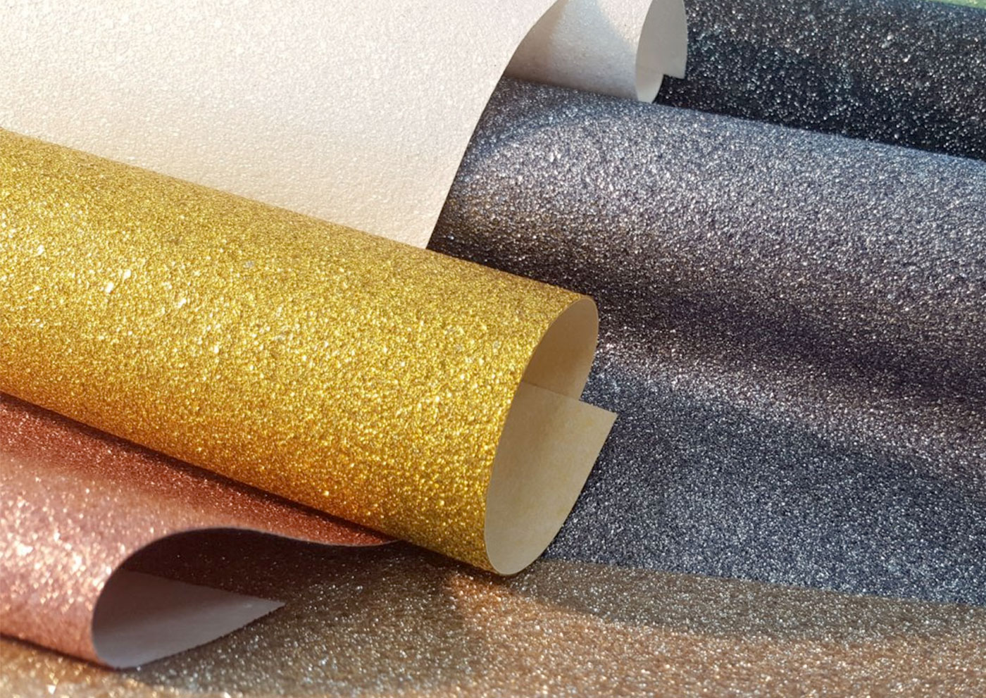 Muraspec Launches New Glitter Lustre Design Wallcoverings